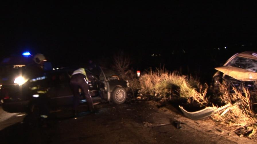 Един загинал в тежка катастрофа край Казанлък