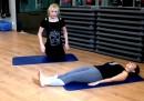 Лесни упражнения за стегнати бедра (видео)