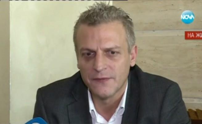 Петър Москов спасява правителството