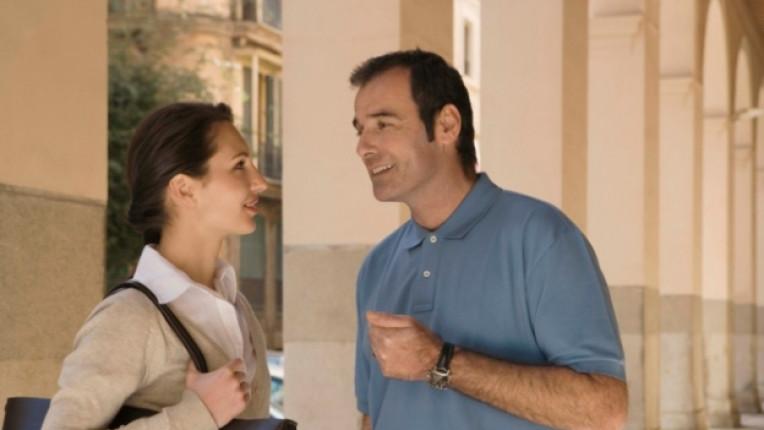 жена мъж разговор разбирателство