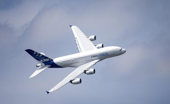 Airbus спира производството на гиганта А380