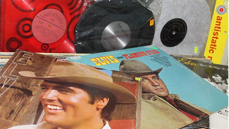 Защо Елвис трябва да се слуша на грамофонна плоча