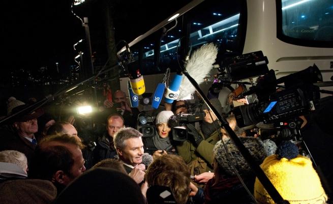 Германия: Недоволен кмет изпрати автобус с бежанци на Меркел