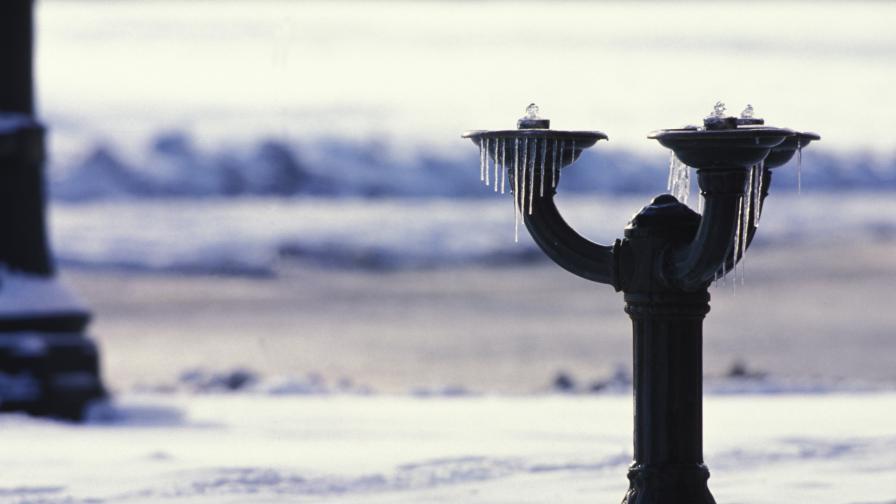 Полезни съвети срещу замръзване на чешми и тръби