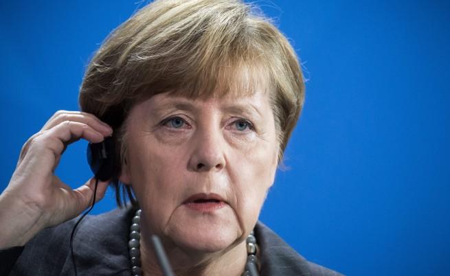 Меркел: Всички бежанци са тук временно