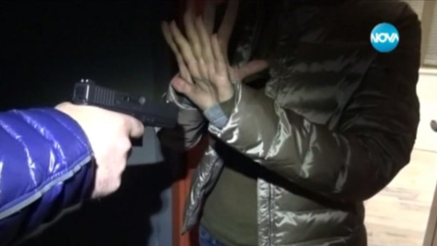 Въоръжени стреляха в магазин в София