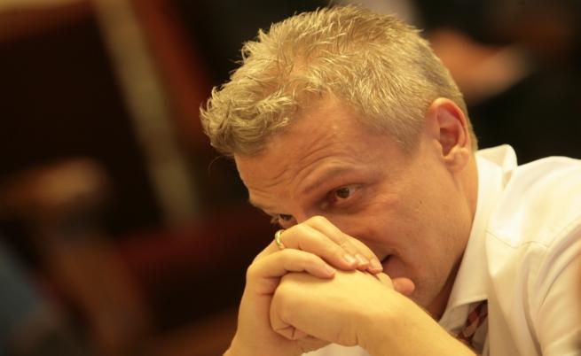 Москов: Ваксината е френска, допакетирана в Турция