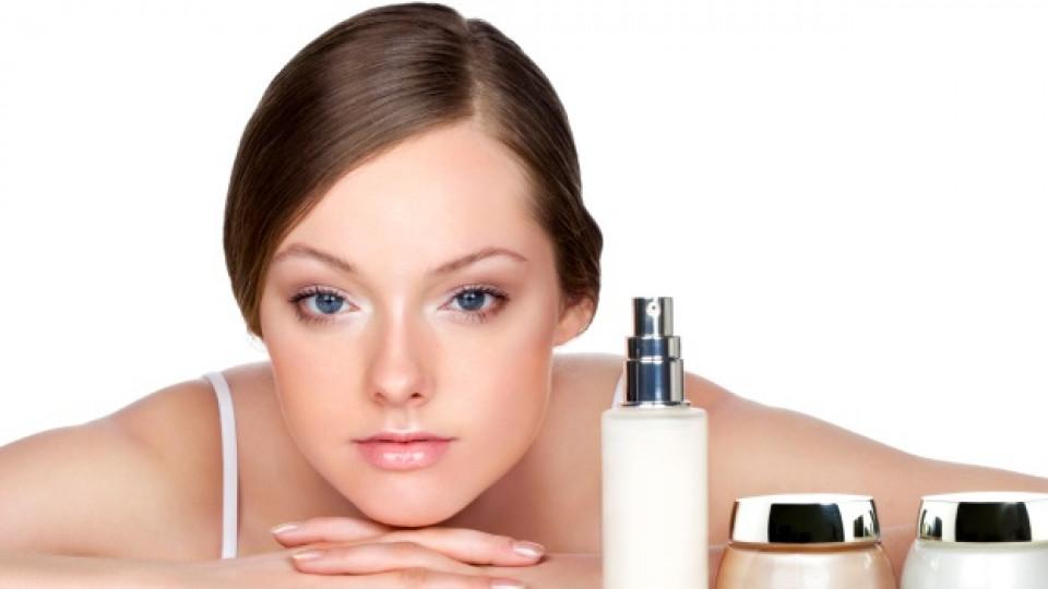 Всяка жена се нуждае от своето козметично снаряжение