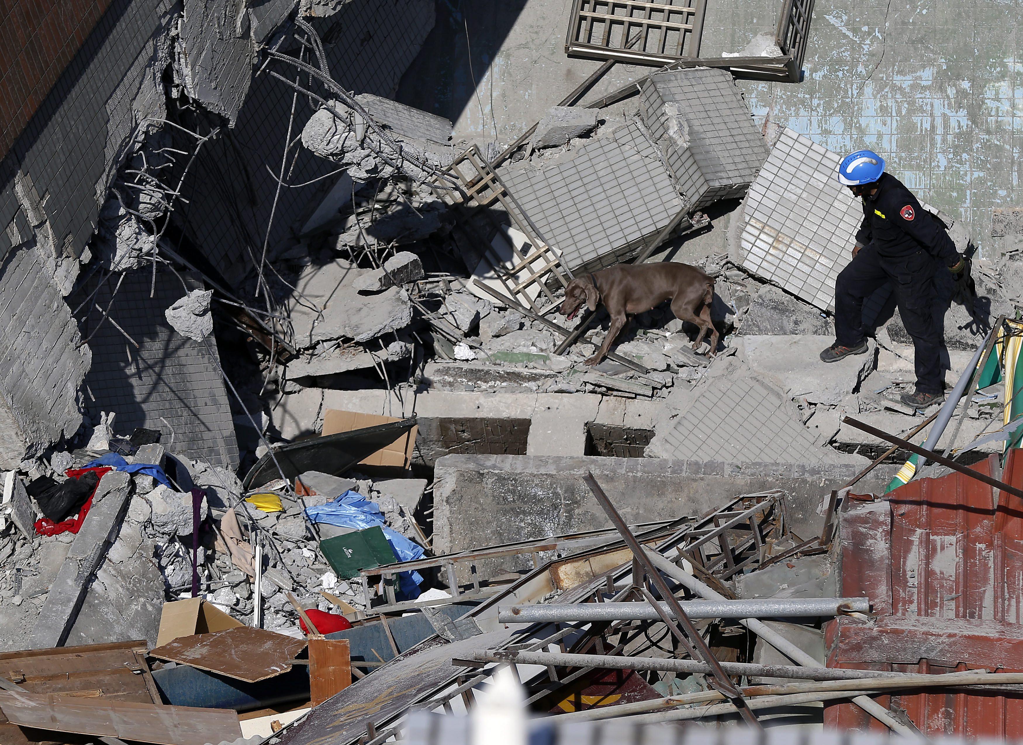 Разрухата след земетресението в Тайван през месец февруари.