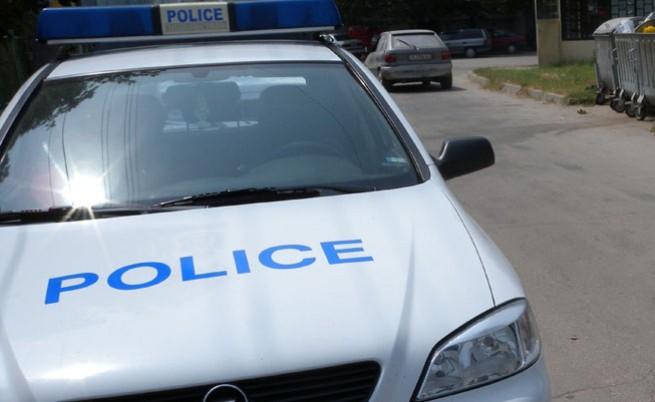 Стрелба при обир в Средец, единият нападател е убит