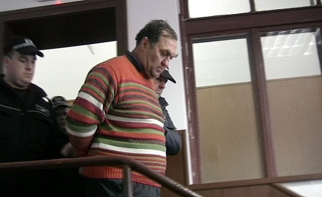 Адвокат: Жертвата на Евстатиев е била девствена