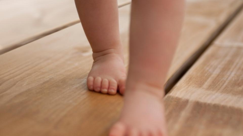Хубавата походка се оформя от детството