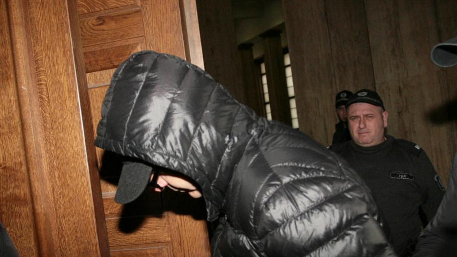 Съдът остави атентатора на Алексей Петров в ареста