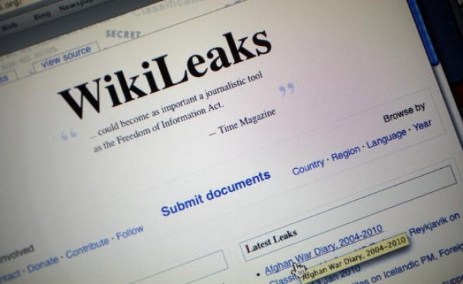 """Полицията издирва съоснователя на """"Уикилийкс"""""""