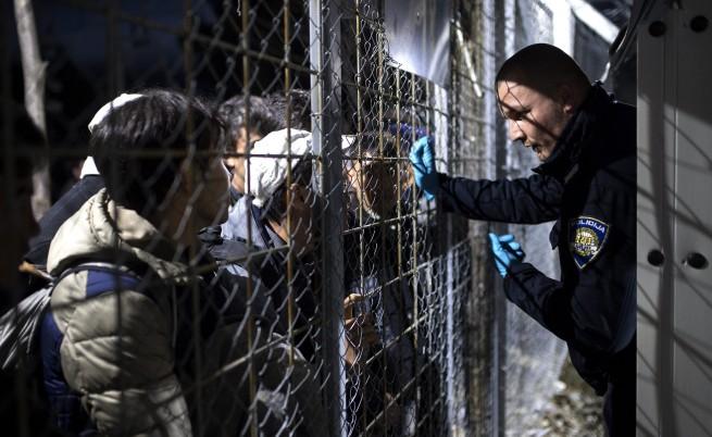 Австрия отряза Гърция от обсъждането на бежанската криза