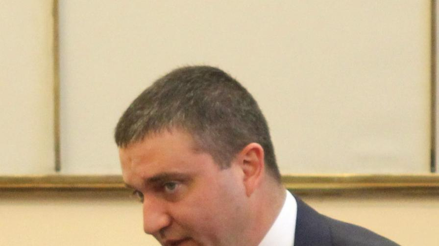 Горанов: Лимитът на дълга от 10 млрд. лв. не е празен чек