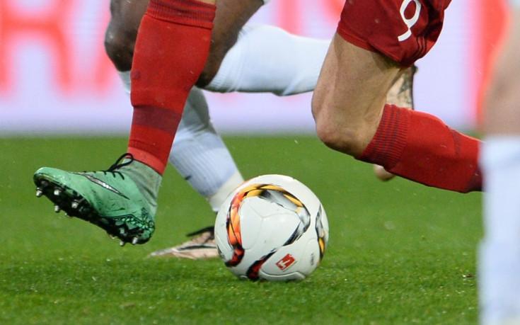 Колите и футболът