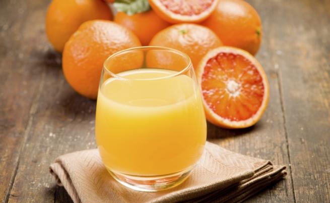 Концентриран портокалов сок<br /> Той е с високо съдържание на фруктоза, което може да доведе до скок в нивата на кръвната захар. Вместо да пиете концентриран портокалов сок, изяждайте целия плод.