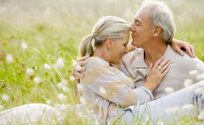Две причини защо сексът на 60 г. не е за изпускане