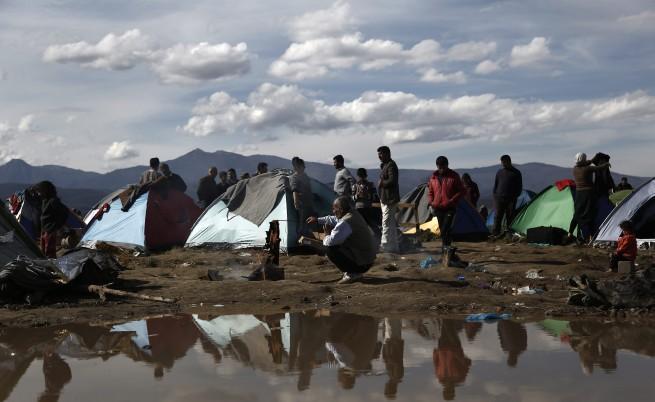 Трафикантите на хора се преориентират към България