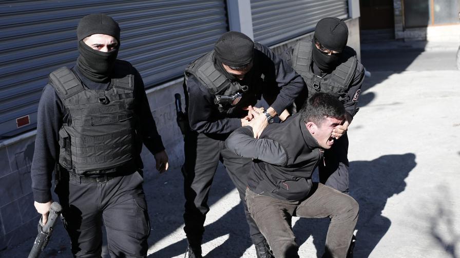 Разтърсващи разкрития за убийство в Турция
