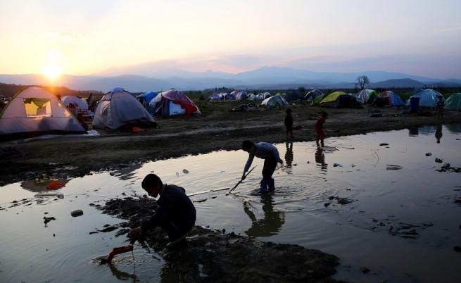 Смърт на мигранти в първия ден на сделката ЕС-Турция