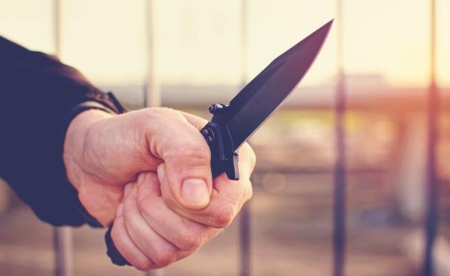 Нападение с нож в автобус в София, един ранен