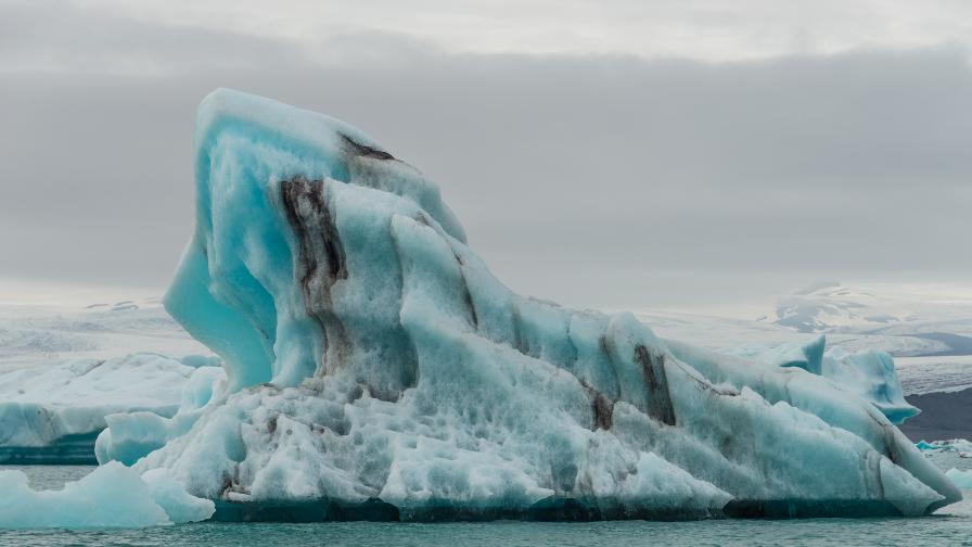 Опасна жега: Арктическият морски лед изчезва