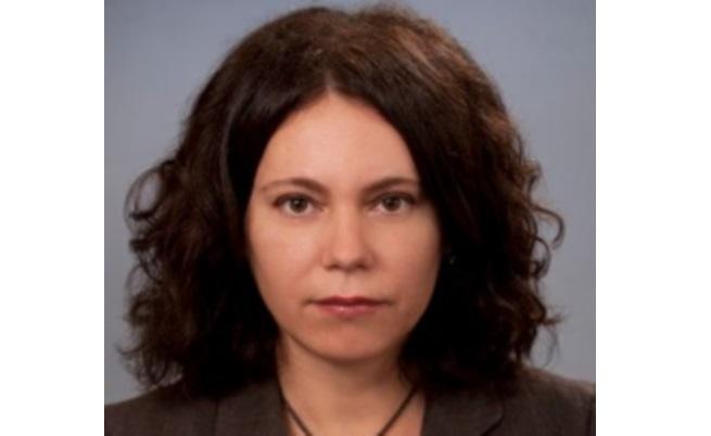 Елица Николова