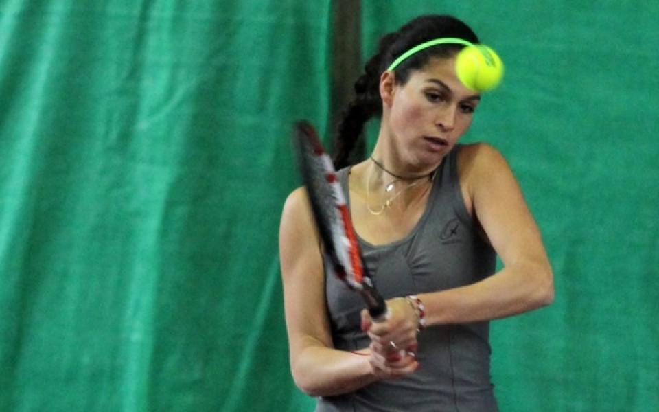 Шиникова е на четвъртфинал в Грузия