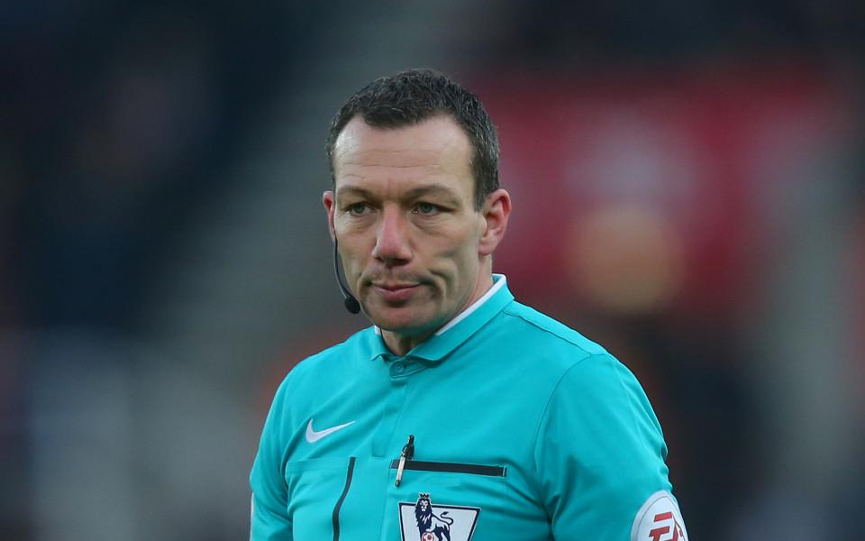 Два мача наказание за симулация в Англия