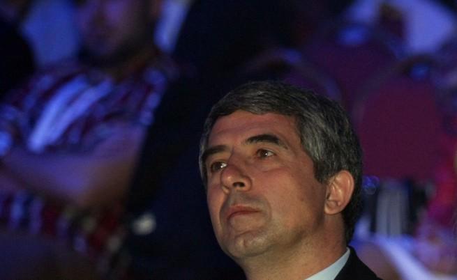 Президентът дава референдума на Слави на КС
