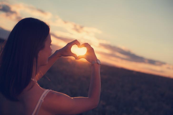 Колкото повече обичаш решенията, които вземаш, толкова по-малко ще имаш нужда другите да ги обичат.