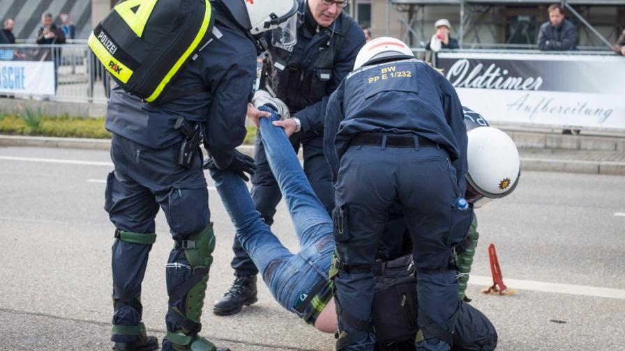 400 ареста преди конгреса на Алтернатива за Германия