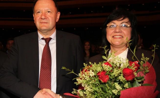 БСП за пръв път с лидер жена и с победен председател