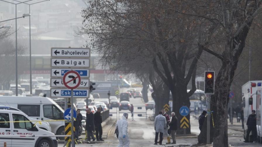 Взривиха кола-бомба в Истанбул