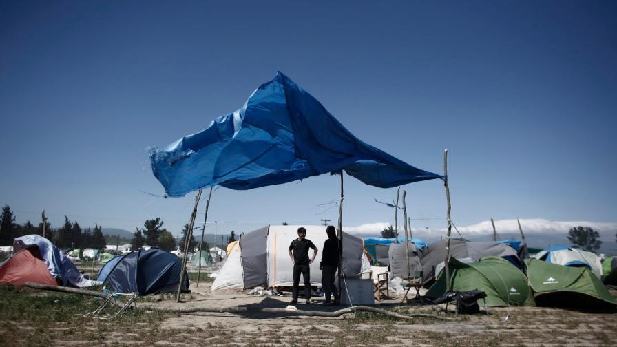Легърът в Идомени, Гърция