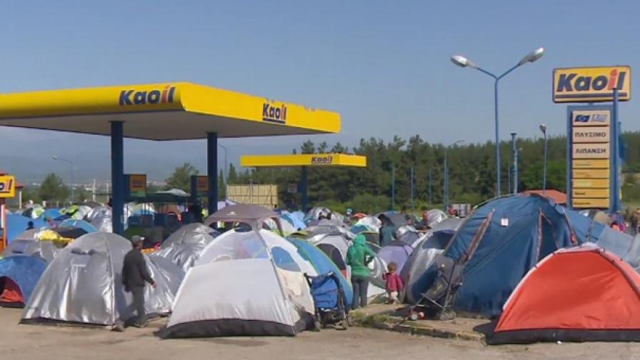 Изгонени от Идомени изградиха нов незаконен лагер
