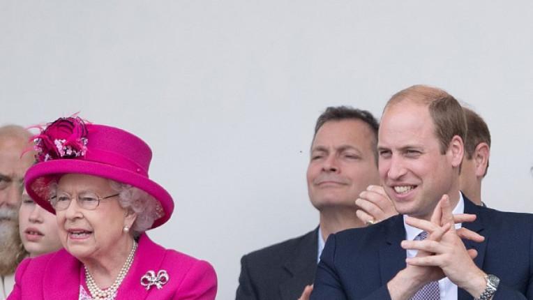 принц Уилям кралица Елизабет