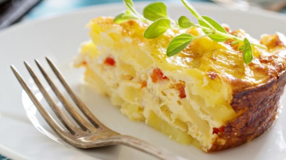 Запечени картофи със сирене и риган
