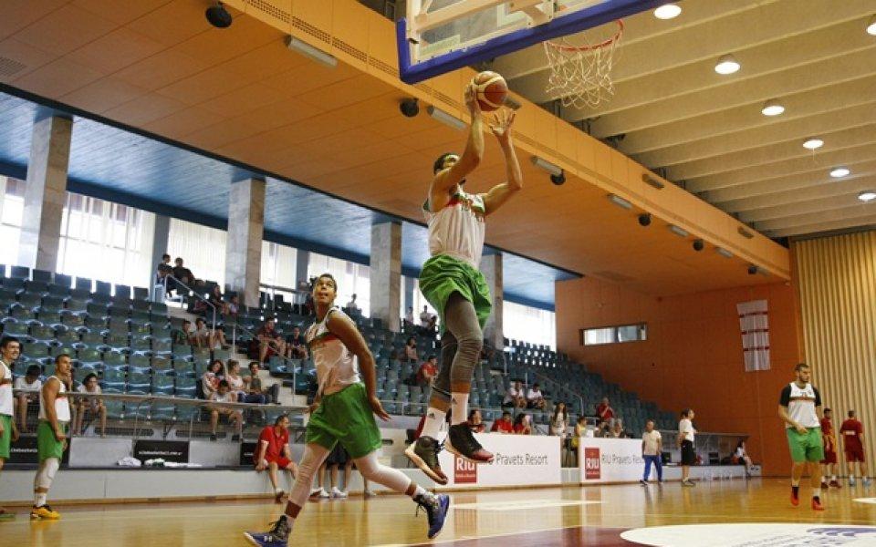 Младите ни баскетболисти бият в контролите