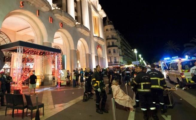Терористична атака в Ница, цели семейства са избити