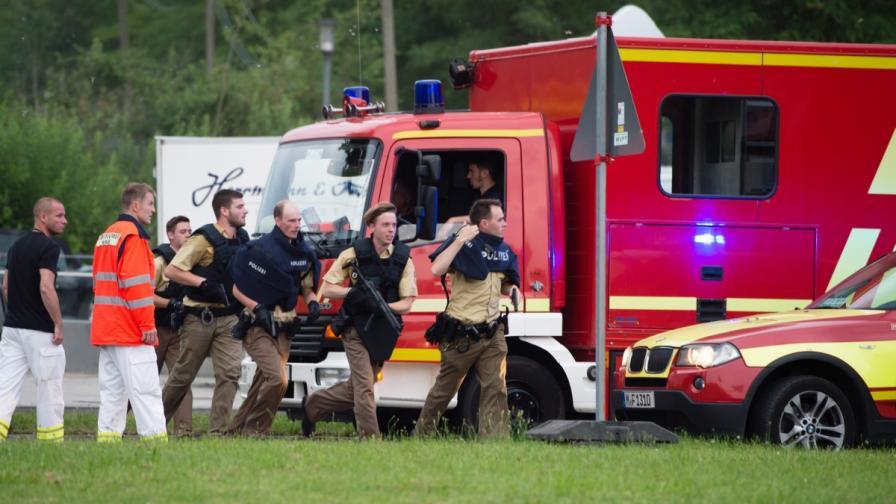 Мащабна полицейска операция след стрелба в търговски център в Мюнхен