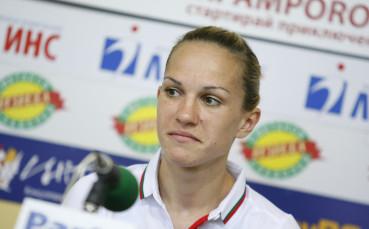 Петрова отпадна на осминафиналите на Световното по бокс