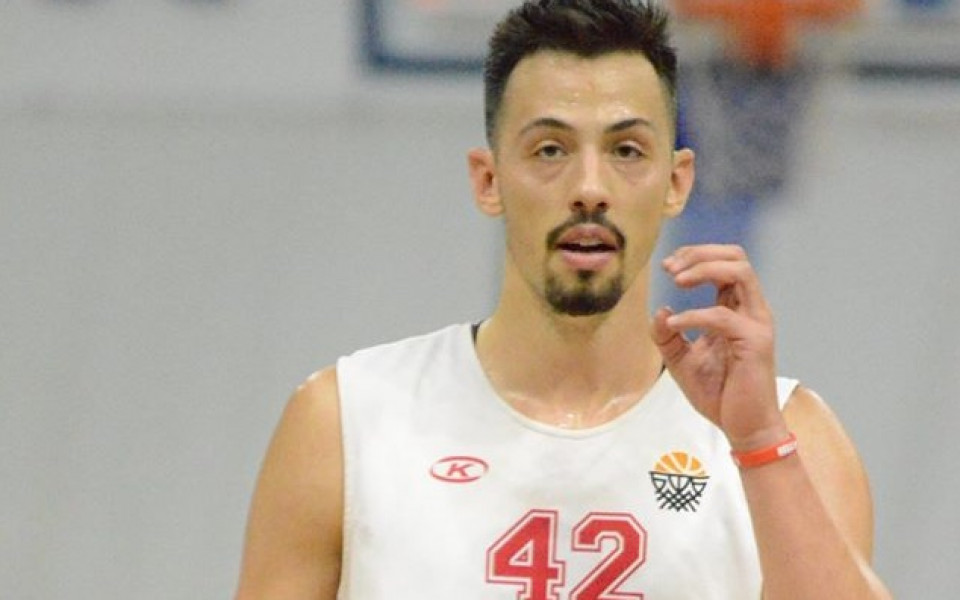 Баскетболистите с различен американец срещу Тунис