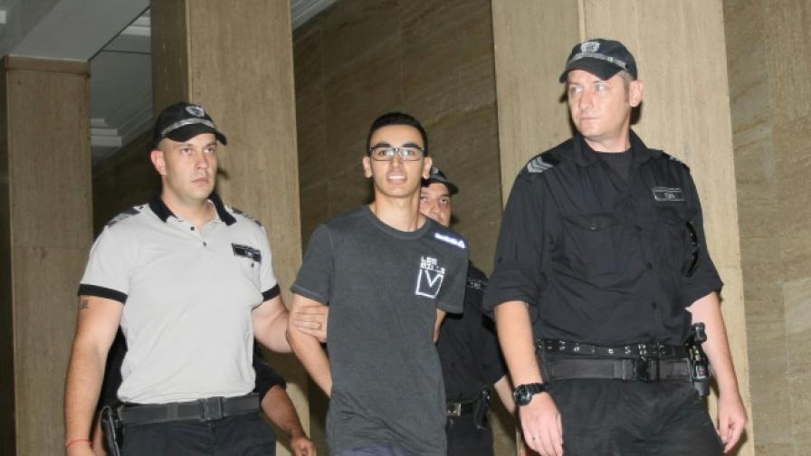 България върна на Франция обвинения в тероризъм Хамид