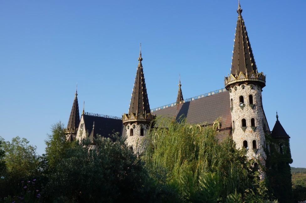 """- Замъкът """"Влюбен във вятъра"""" в Равадиново бе класиран на четвърто място сред най-красивите замъци в Европа от от организацията European Best..."""