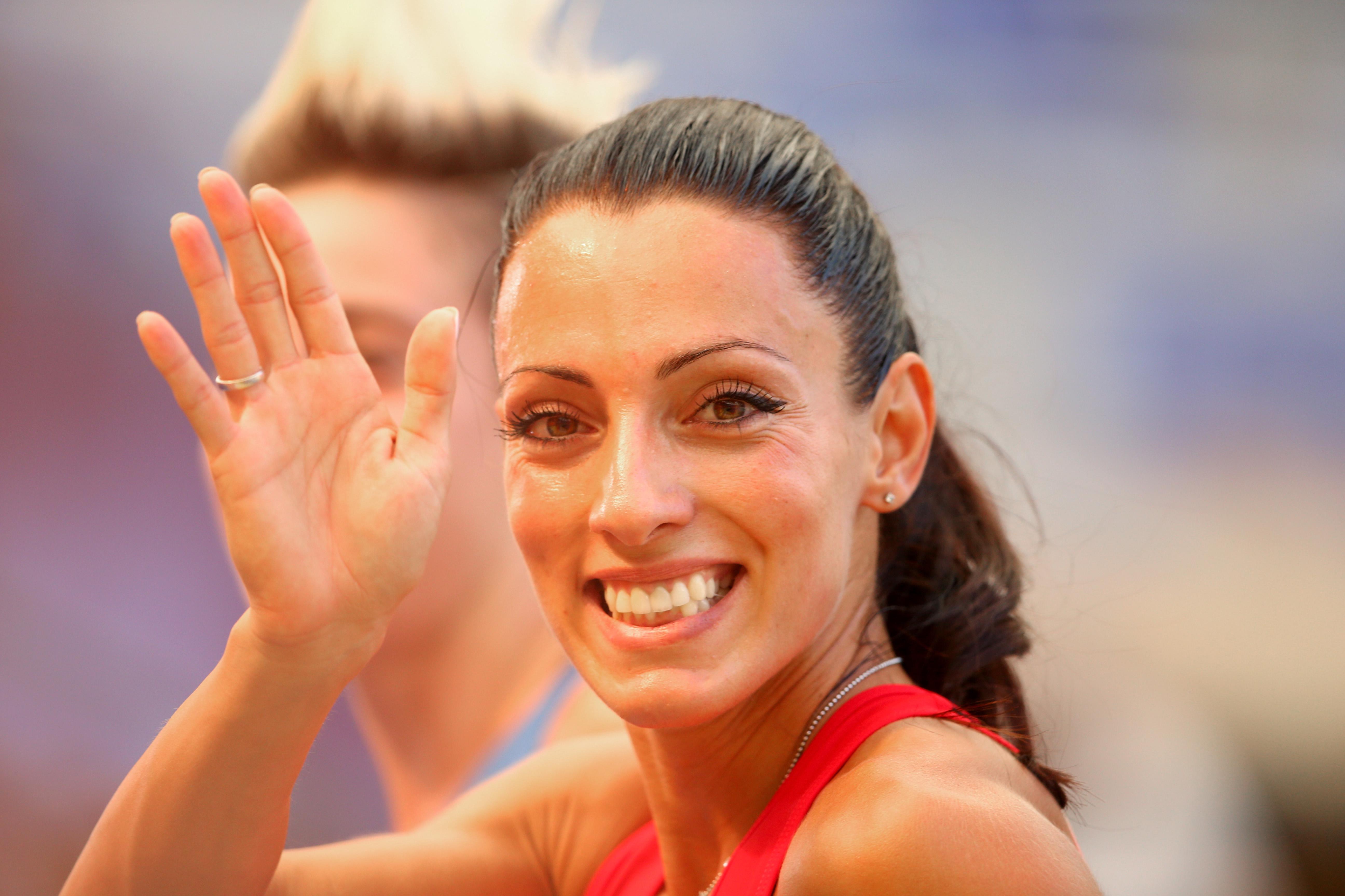 Ивет Лалова е една от най-обичаните и уважавани български спортистки. Чаровната спринтьорка се нарежда сред най-талантливите в световния бранш, а успехите, които постига през годините, я правят една от най-големите гордости на България.