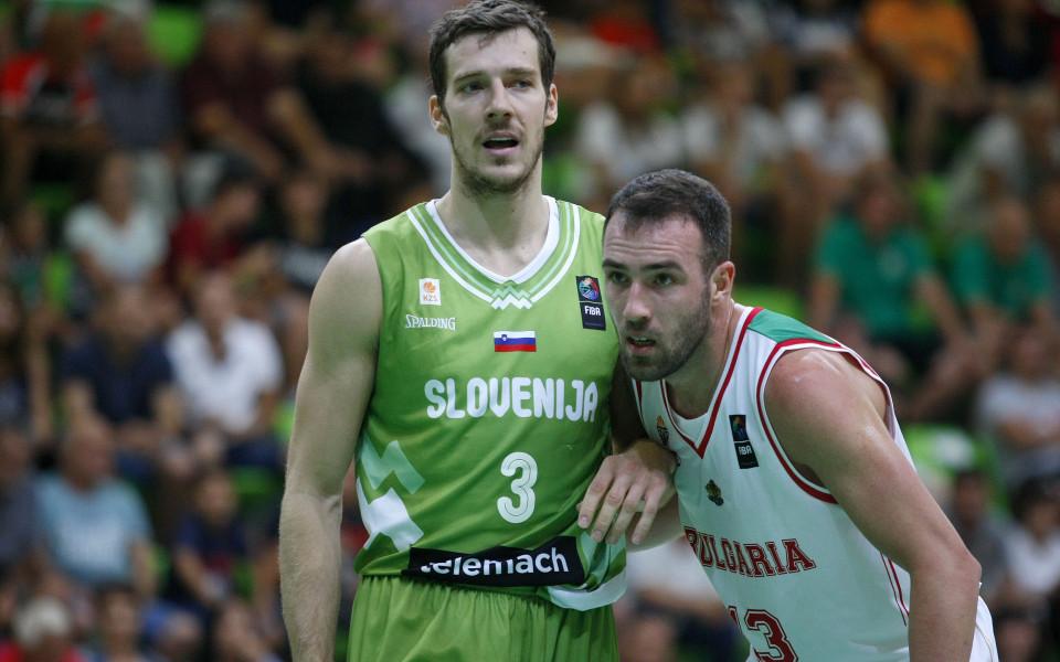 България гостува на Словения с двама нови