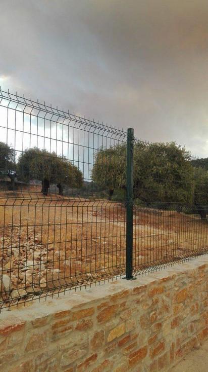 - Пожар гори на гръцкия остров Тасоса. Пожарът е в района на Лименария.